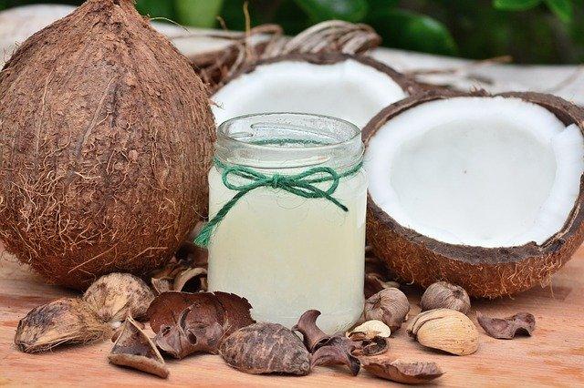 comment utiliser le beurre de coco sur les cheveux