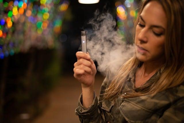 Peut on devenir dépendant avec une cigarette électronique