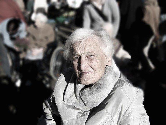 La téléassistance pour rassurer toutes les personnes âgées